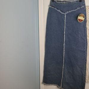 Vintage NWT full length Jean skirt